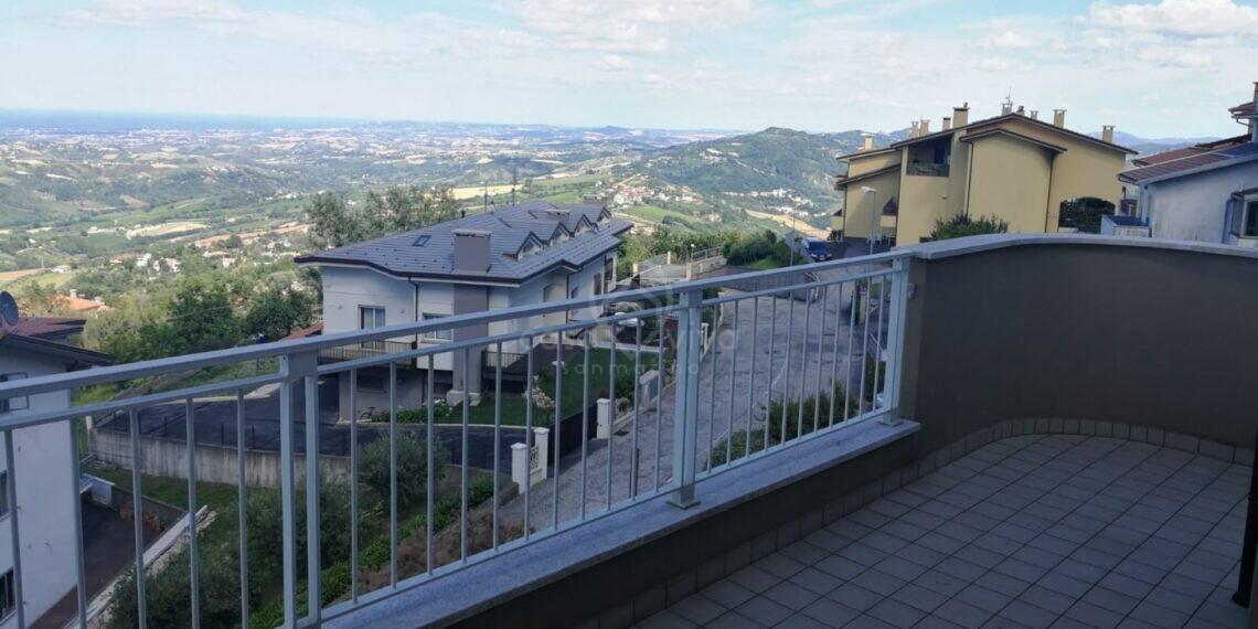 Borgo Maggiore: ATTICO in vendita di mq. 104 circa allo stato grezzo